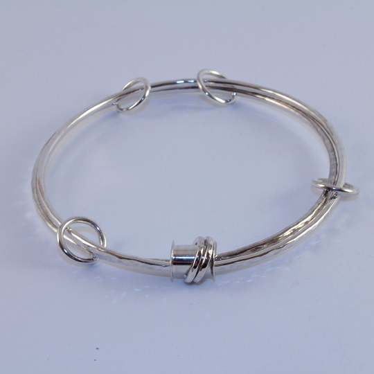 Double Linked Bobbin Bangle
