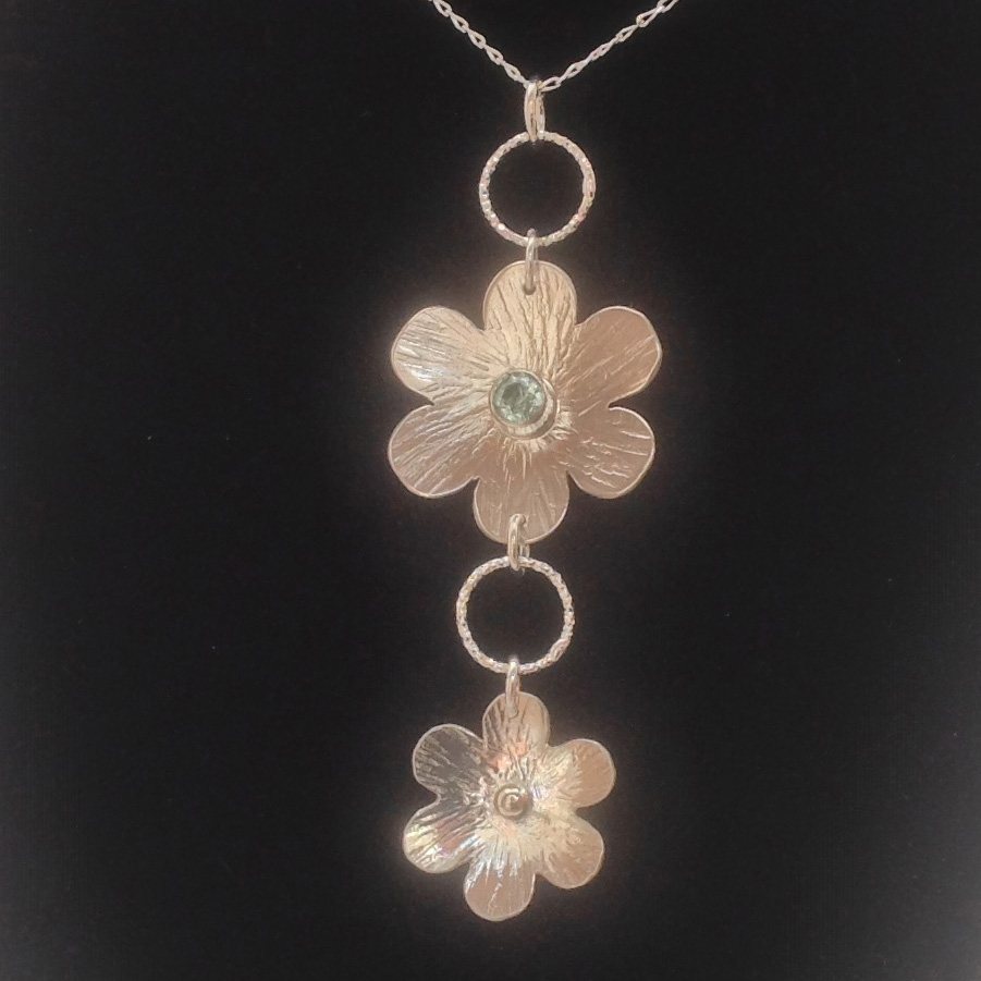 Daisy Chain Necklace Set With Aquamarine
