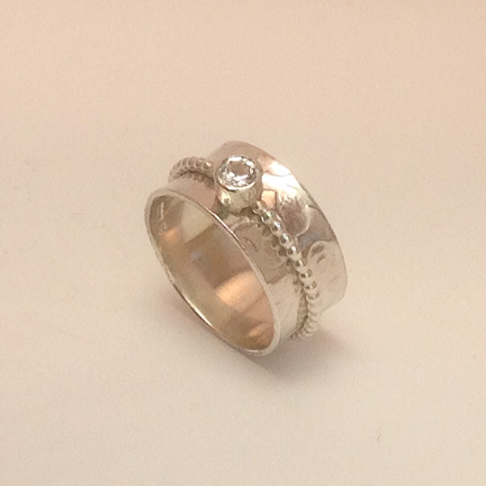 White Topaz Single Beaded Band Spinner Ring