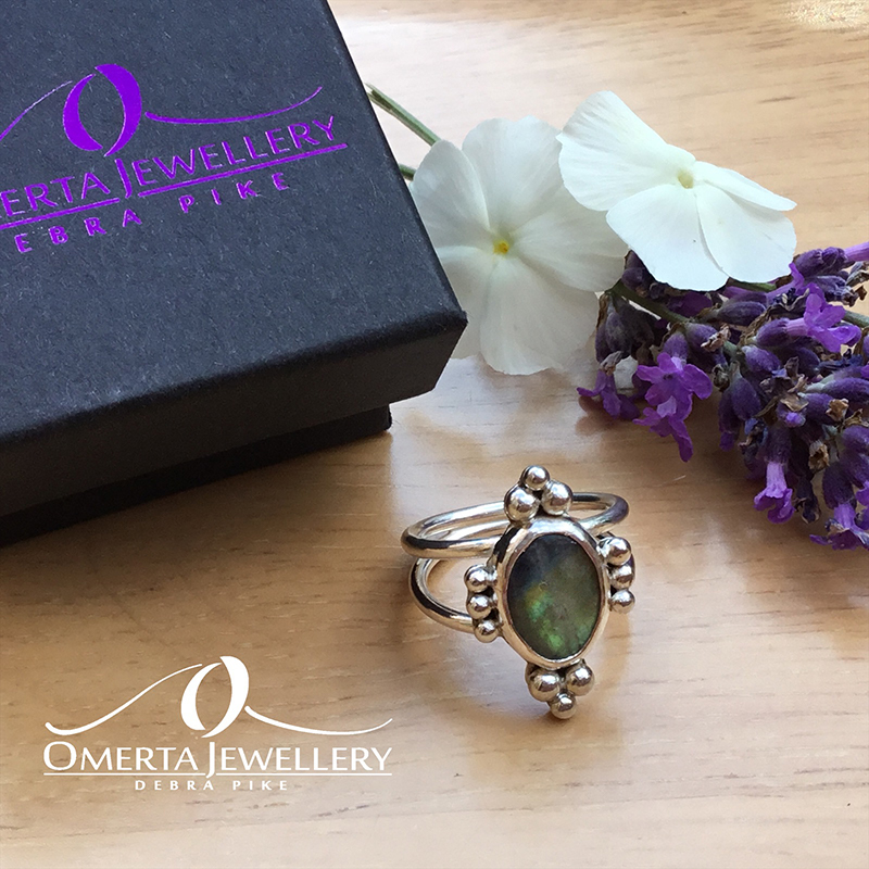 Neo Victorian Style Sterling Silver & Finnish Spectrolite Ring